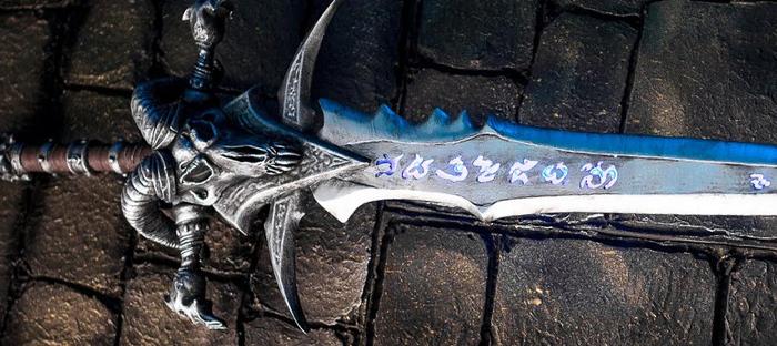 Реплика меча Frostmourne